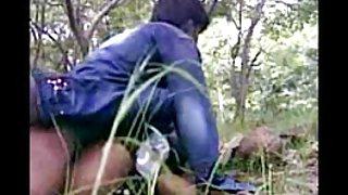 سکس دختران کوچک هند جنسیت, انجمن در جنگل